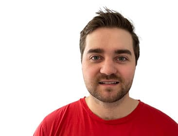 Un portrait de Matthew Dunstone