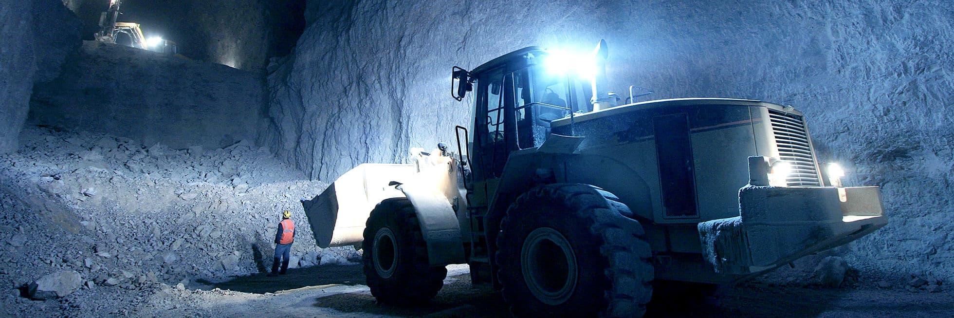 véhicule de construction souterrain